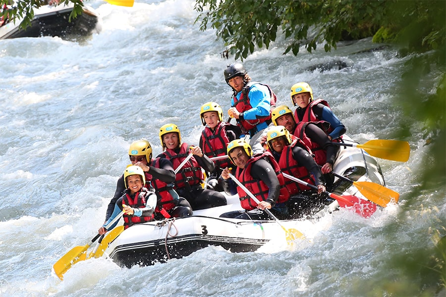 Raft down the rivers Isère and Doron